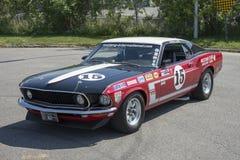 voiture 1969 de course du patron 302 de mustang Image libre de droits