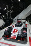 Voiture de course hybride de Le Mans de quattro d'Audi R18 e-Tron Photos libres de droits