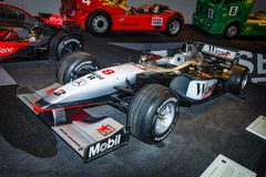 Voiture de course McLaren-Mercedes MP4-13, 1998 de Formule 1 Photo libre de droits