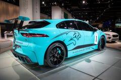Voiture de course tout-électrique de SUV de trophée du je-pas E de Jaguar Image stock