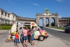 Voiture de crème glacée à Bruxelles Image stock