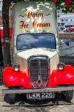 Voiture de crème glacée  Images libres de droits