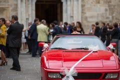 Voiture de jour du mariage Photo stock