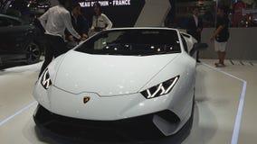 Voiture de Lamborghini B10 sur l'affichage à la trente-cinquième expo internationale de moteur de la Thaïlande banque de vidéos