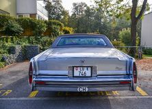 Voiture de luxe de Fleetwood Cadillac de cru photographie stock
