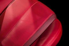 Voiture de luxe de sport moderne à l'intérieur Intérieur de voiture moderne de prestige photographie stock libre de droits