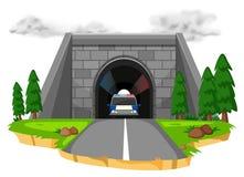 Voiture de police dans le tunnel illustration stock