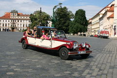 Voiture de Prague Castle_historic Photos libres de droits