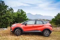 Voiture de Renault Captur de croisement de petite voiture photo stock