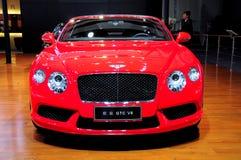 Voiture de sport convertible continentale de Bentley GTC V8 Images libres de droits