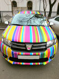 Voiture de sport d'arc-en-ciel de Dacia Images libres de droits