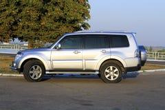 Voiture de SUV images stock
