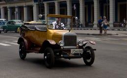 Voiture de vintage à La Havane, Cuba Photos stock
