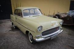 Voiture de vintage de vétéran de disque d'Opel Photos stock