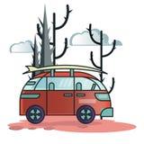 Voiture de voyage restant dans l'illustration de forêt illustration libre de droits