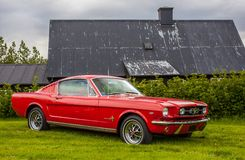 Voiture deux-volumes 1965 de mustang de Ford Photo stock