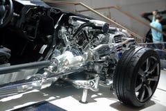 Voiture en coupe La structure interne de la voiture Biturbo, bo?te de vitesse et suspension du moteur V6 Bo?te de transfert de co photographie stock libre de droits