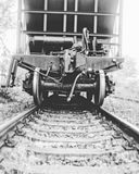Voiture ferroviaire dans le brouillard photo libre de droits