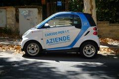 Voiture intelligente de Car2Go, vue de côté image libre de droits
