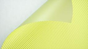 Voiture verte enveloppant le fond de petit pain de film rendu 3d illustration libre de droits