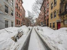 Voitures attachées de neige Photographie stock libre de droits