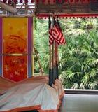 Voitures de butoir avec des drapeaux des Etats-Unis Images libres de droits