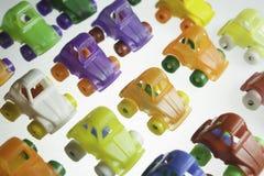Voitures en plastique colorées Images stock