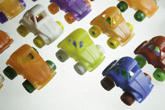 Voitures en plastique colorées Images libres de droits