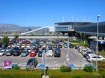 Voitures se garant, aéroport d'Athènes Photographie stock