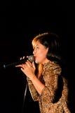 Vokalistsångare royaltyfri foto