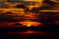 Volúmenes de ventas del cielo en la montaña Imagen de archivo
