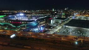 Vol aérien Lincoln Financial Field Philadelphia la nuit banque de vidéos