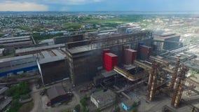Vol au-dessus de l'usine métallurgique clips vidéos