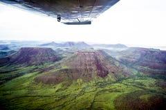 Vol au-dessus des montagnes de table de la Namibie photo libre de droits