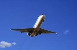 Vol de matin d'arrivée Photos libres de droits