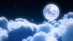 Vol de nuages de nuit Photos stock