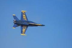 Vol de précision d'anges bleus photo libre de droits