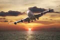 Vol de soirée Photo stock