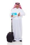 Vol du Moyen-Orient d'homme d'affaires Photos stock