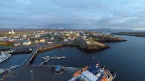 Vol du port et de l'île banque de vidéos