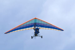 Vol extrême sur le deltaplane Photos libres de droits