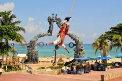 Voladores-Akrobatausführende an den Fliegen-Männern Stockbild