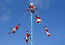 Voladores oder Flugblätter, von Tulum Lizenzfreie Stockfotos