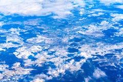 Volando sopra le alpi sveve nell'inverno germany Immagini Stock Libere da Diritti