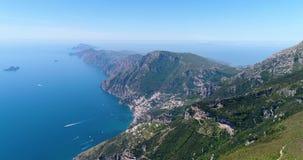 Volando sopra le montagne dalla costa di Amalfy stock footage