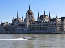 Volando via a Budapest immagini stock