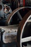 Volano arrugginito - vecchia distilleria abbandonata del corvo - il Kentucky fotografia stock