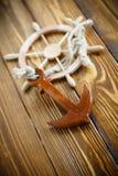Volante de madera decorativo Fotografía de archivo