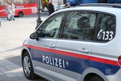 Volante della polizia austriaco Nessun logos visibile immagini stock