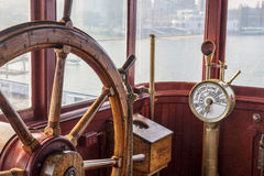 Volante do navio do vintage imagem de stock